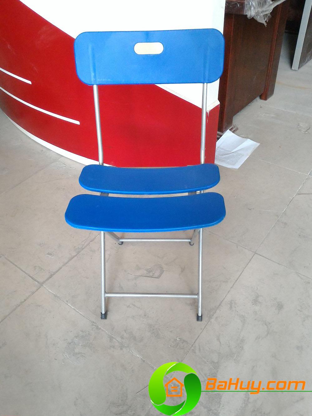 Ghế ghấp chân sơn lưng nhựa xanh