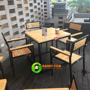 Bàn ghế cafe gỗ mới 97%