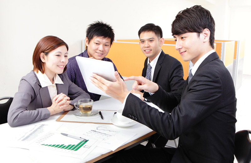 Cần cư xử phù hợp với đồng nghiệp